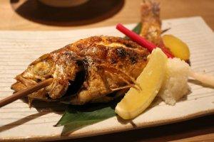 Nodoguro shio-yak (Cá Seabass hồng)