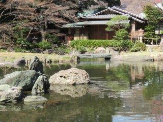 อีกมุมหนึ่งของสวน ซึ่งงดงามและสงบเงียบ