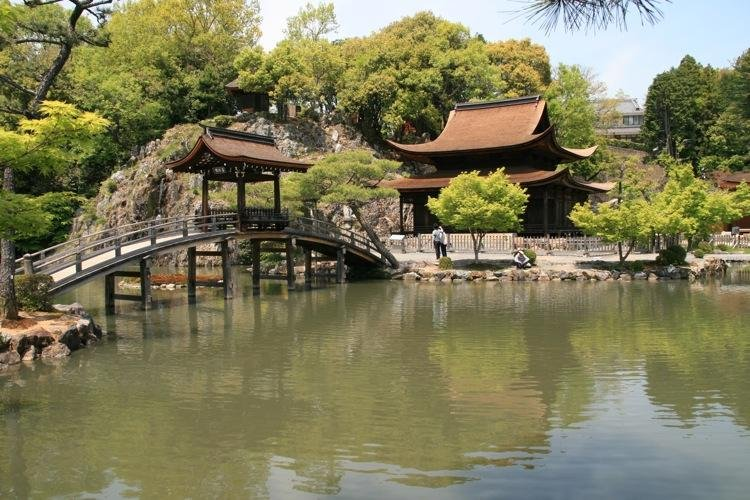 https://a1.cdn.japantravel.com/photo/4381-27921/800!/gifu-national-treasure-eiho-ji-temple-27921.jpg