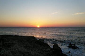 The sunrise from Inubosaki Lighthouse