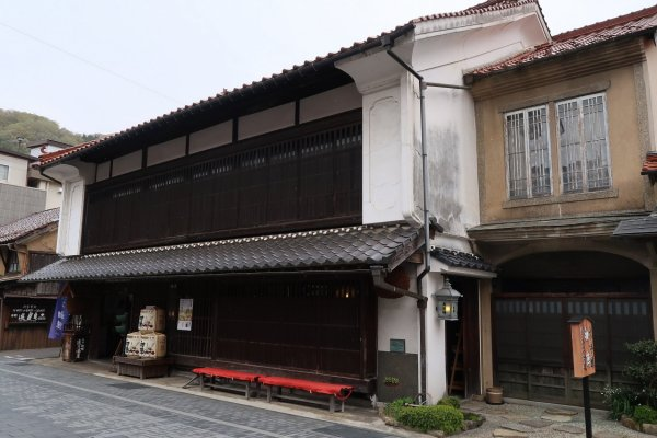Furuhashi Sake Brewery. This brewery has an interesting western-style mid- 20th Century extension on the left side of the main shop