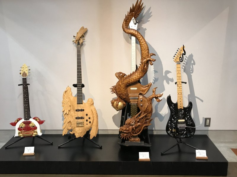 Ultimate masterpiece: a guitar in the shape of a dragon