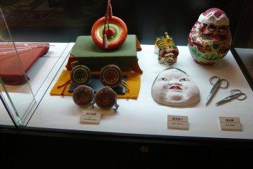 <p>Local crafts</p>