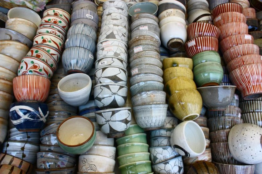 There are thousands of ceramic items on sale, from cheap tea cups to large expensive vases and decorative plates.