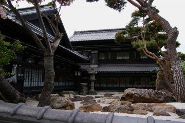 Villa Klasik Aoyama