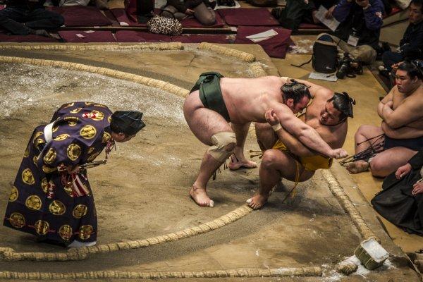 Sumo action shot
