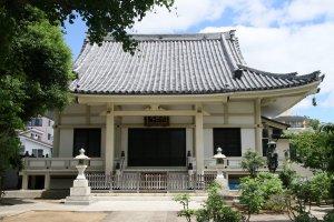 Enkoin Temple near Setagaya station