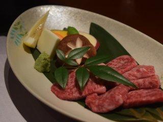 Bữa tối hôm nay có thịt bò Oita cực kì ngon
