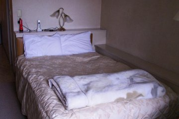 My large bed at the Azabu Court