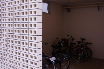 Lockers for those that wish to cycle Tokyo