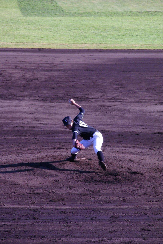 Kushiro battles Sapporo in College Baseball