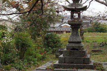 Lonely stone lantern at Moto-Yakushiji