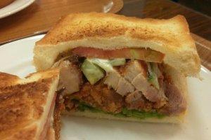 토스트로 주문한 오리지널, 치킨 샌드위치!