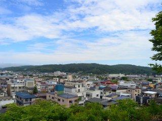 Toàn cảnh thành phố Kuji từ công viên