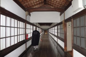 "The beautiful, long corridor ""Hyak-ken-rou-ka"" (百間廊下). It is 152m long and symbolizes the border between a holy place and the regular world."
