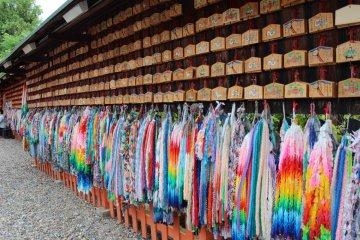 色彩缤纷的千纸鹤祈愿