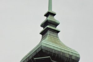 Spire at the top of the dome.