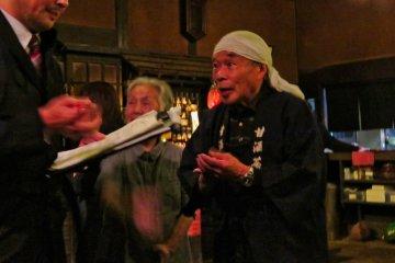 Tatsuo Yamamoto (84) giving a history lesson