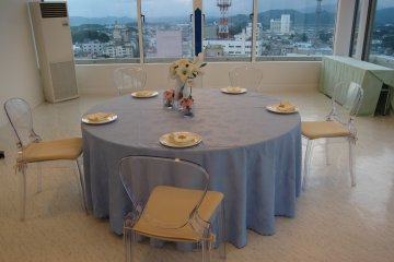 I love the sky blue table cloth, it compliments well with the view from the chapel
