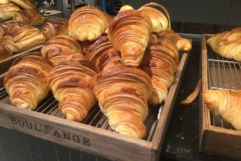 Croissant, menu yang pasti ada di toko roti Prancis