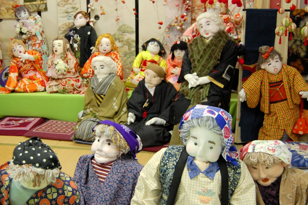 All kinds of dolls