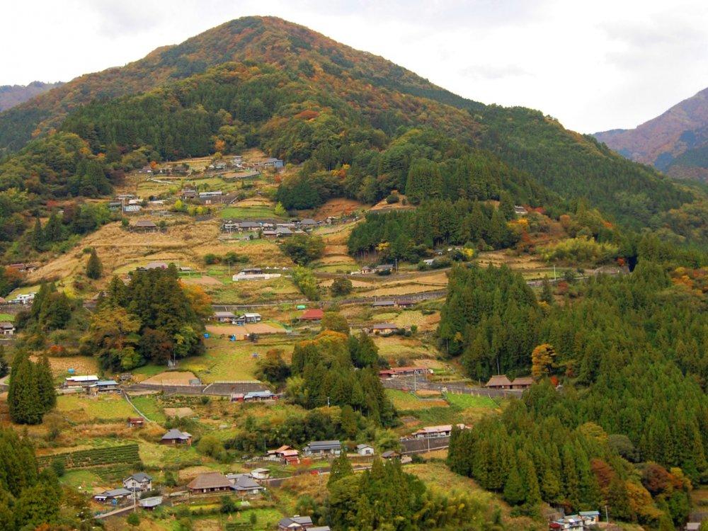 Ochiai yang terletak di pegunungan