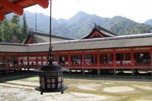 Храм Итсукушима