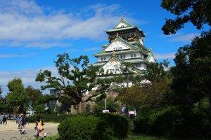 ปราสาทที่ขึ้นชื่อว่าเป็นหนึ่งในสุดยอดปราสาทโบราณของญี่ปุ่น