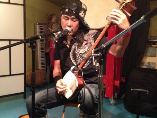 """""""Yugo & The One Man Travellin Band"""". A unique performer, Yugo got everyone going with his upbeat and powerful shamisen BLUES!"""