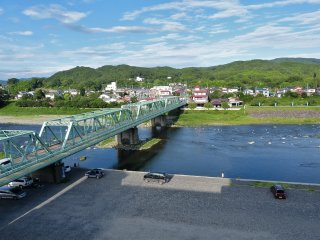호텔 카게쓰 앞 나카 강