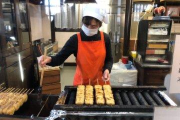 주문한 호빵을 굽는 중