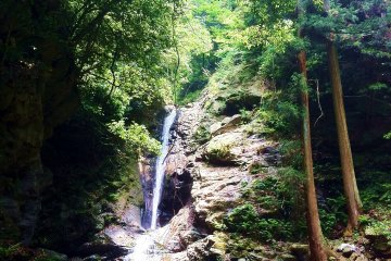 Tsugoe Waterfall
