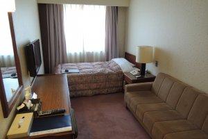 Single room with sofa