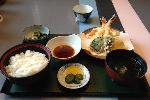 The tempura lunch at Isonokawa