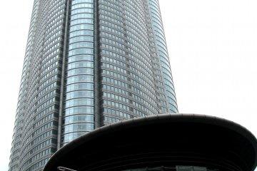 Здание Mori Tower, Роппонги