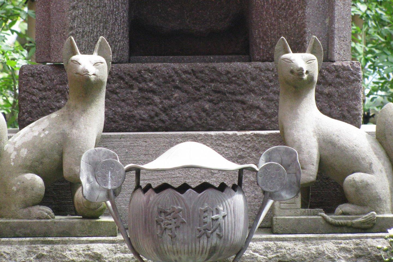 Кицунэ Мёбу в Камакуре