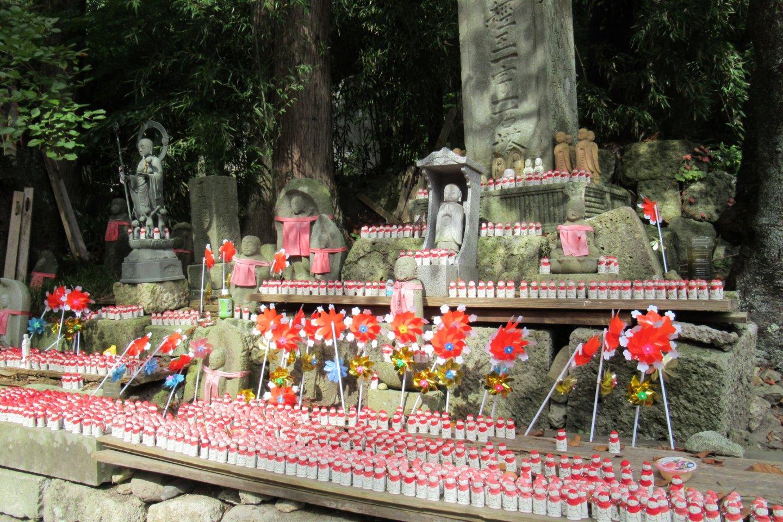 Дзизо в храме Ямадэра