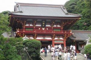 Храм Цуругаока Хатимангу в Камакуре