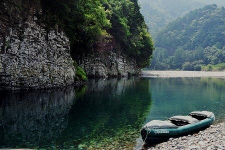 พายเรือคายัคในแม่น้ำของคุมะโนะ