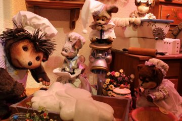 There are lots of new friends to make at Sanrio Puroland. These rodents are working at the bread shop inside the park.