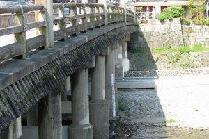 Gojo Bridge, site of the famous bout between Yoshitsune and Benkei