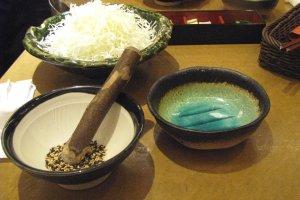 Толчёные семена придают осенний вкус блюдам
