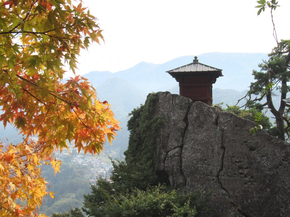 A small temple on the rock