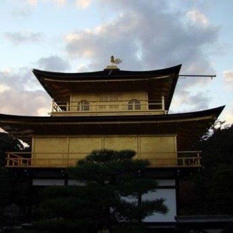 金阁寺的夕阳