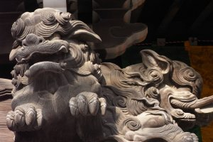 Marvellously detailed woodcarving at the temple