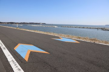 Ring Ring Road follows the entire length of Lake Kasumigaura