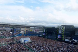 Summer Sonic Main Stage 2015: Zedd Performing from Afar