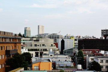 <p>La vista desde el &uacute;ltimo piso del Azabu Court</p>
