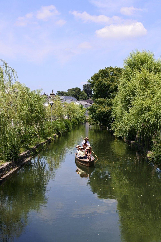 A boat on Kurashiki River