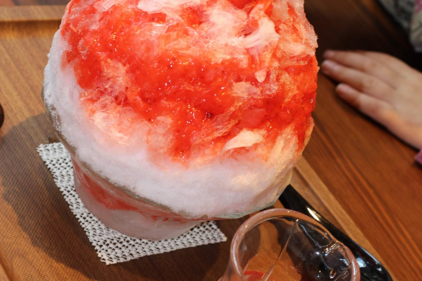Strawberry cream flavor snow cone
